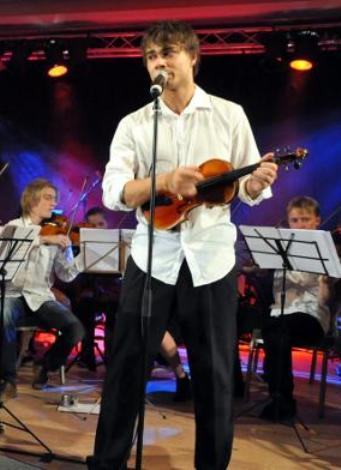 Alexander and young musicians from Prima musique School! :)