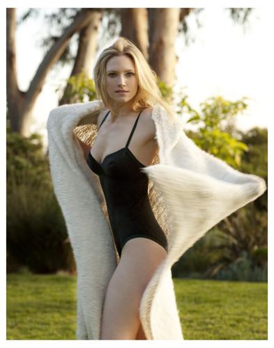 Anna Torv ~ Esquire Magazine Photoshoot Outtakes