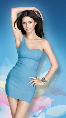 Actresses wallpaper containing a maillot titled Beren Saat (Turkish actress)