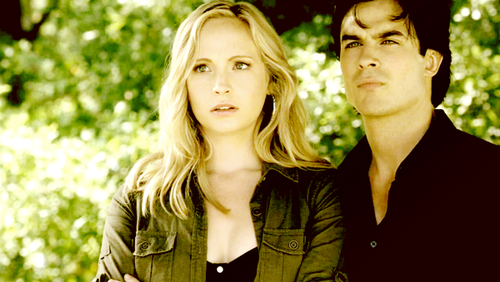 Damon & Caroline Hintergrund probably containing a business suit, a well dressed person, and a portrait entitled Damon and Caroline :)