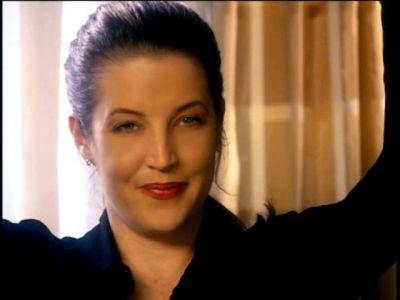 Gorgeous Lisa :)