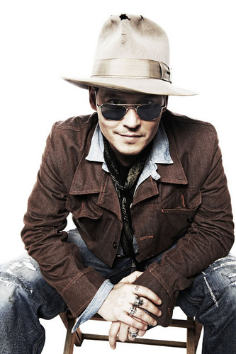 "Johnny Depp on ""TV & Satellite"" Magazine 2011 on HQ"