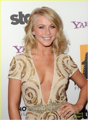 Julianne Hough: Hollywood Film Awards 2011
