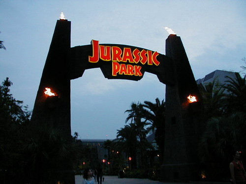 Jurassic Park kertas dinding probably containing a business district and a jalan entitled Jurassic Park - scenes -