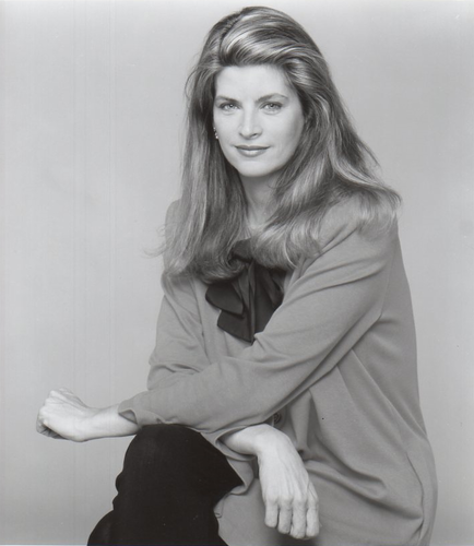 Kirstie Alley wallpaper with a well dressed person titled Kirstie Alley