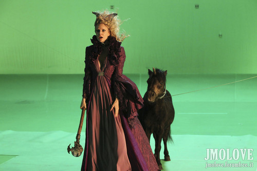 Kristin Bauer as Maleficent- Bangtan Boys fotos