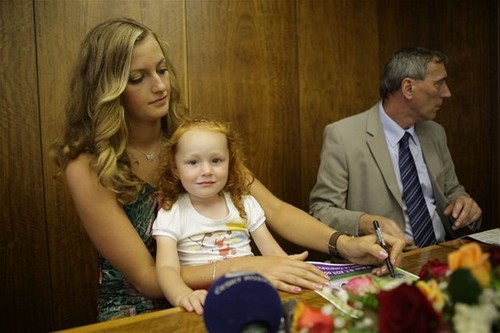 Kvitova and child