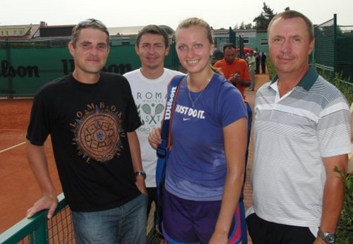 Kvitova wet T-shirt