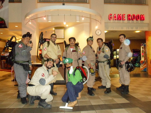 Luigi meets The Ghostbusters!