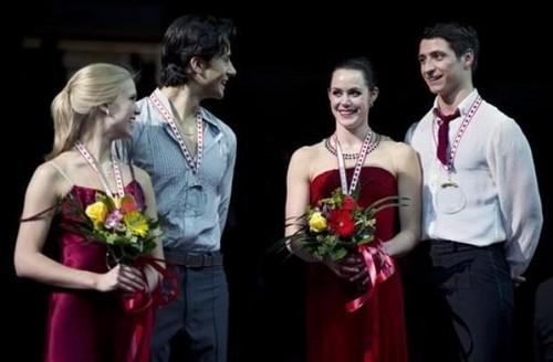 Medal Ceremony - patim, skate Canada 2011