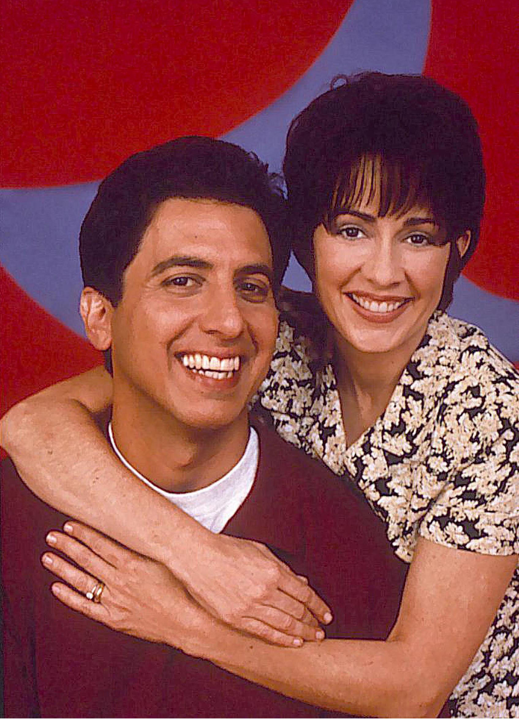 everybody loves raymond ray and debra meet Buy everybody loves raymond season 4: their choice doesn't meet with approval ray, debra, marie and frank try to figure out why robert's been so cranky lately.
