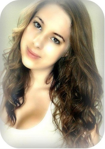 Teen Renesmee Carlie Cullen