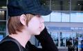 kyuhyun at airport  comeback from spain - kyuhyun-and-changmin photo