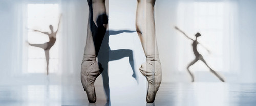 Ballet fond d'écran possibly with a hip boot and a legging called l'amour