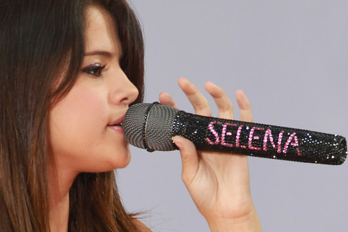 selly <3