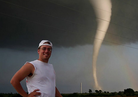 Storm Chasers wallpaper possibly with a portello, wicket entitled stormchaser3