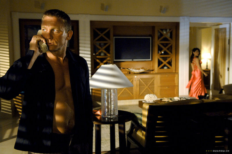 James bond casino royale imdb