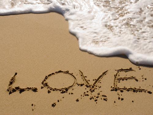 愛 प्यार