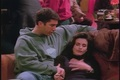 1x15 - TOW the Stoned Guy - ross-and-monica-geller screencap