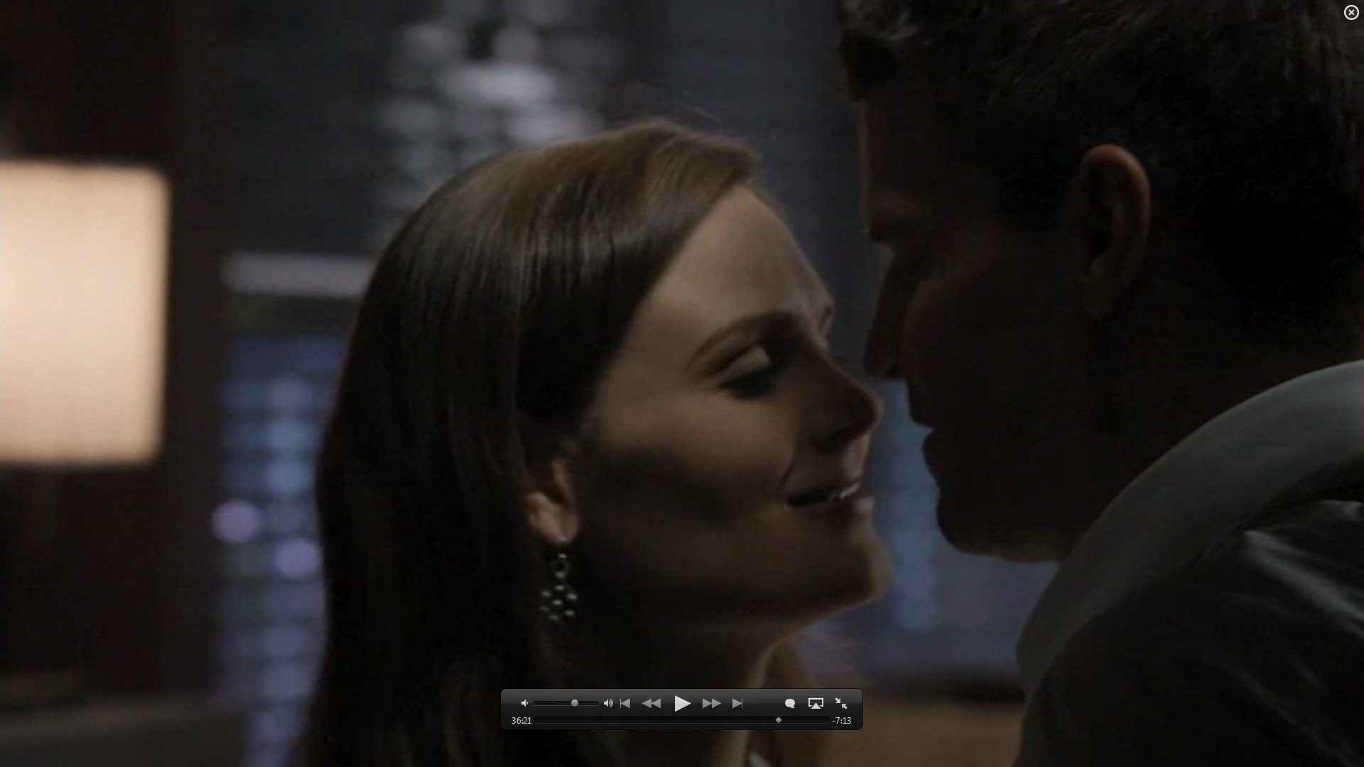 7x01 kiss booth and bones image 26582023 fanpop