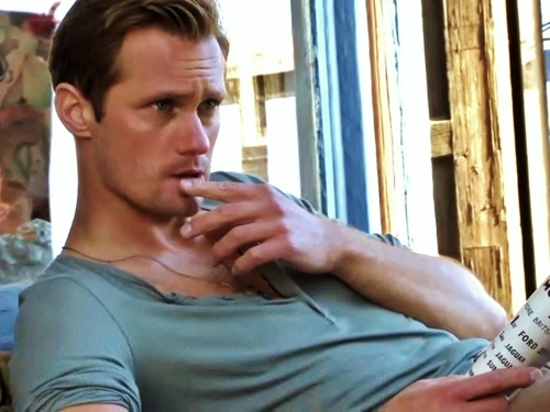 Alexander Skarsgård 壁纸 probably containing a 街, 街道 titled Alex