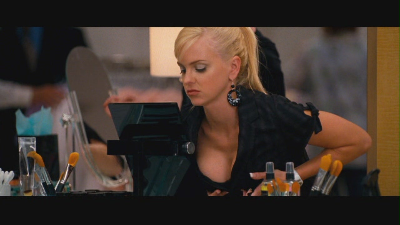 Anna faris observe and report 01 4