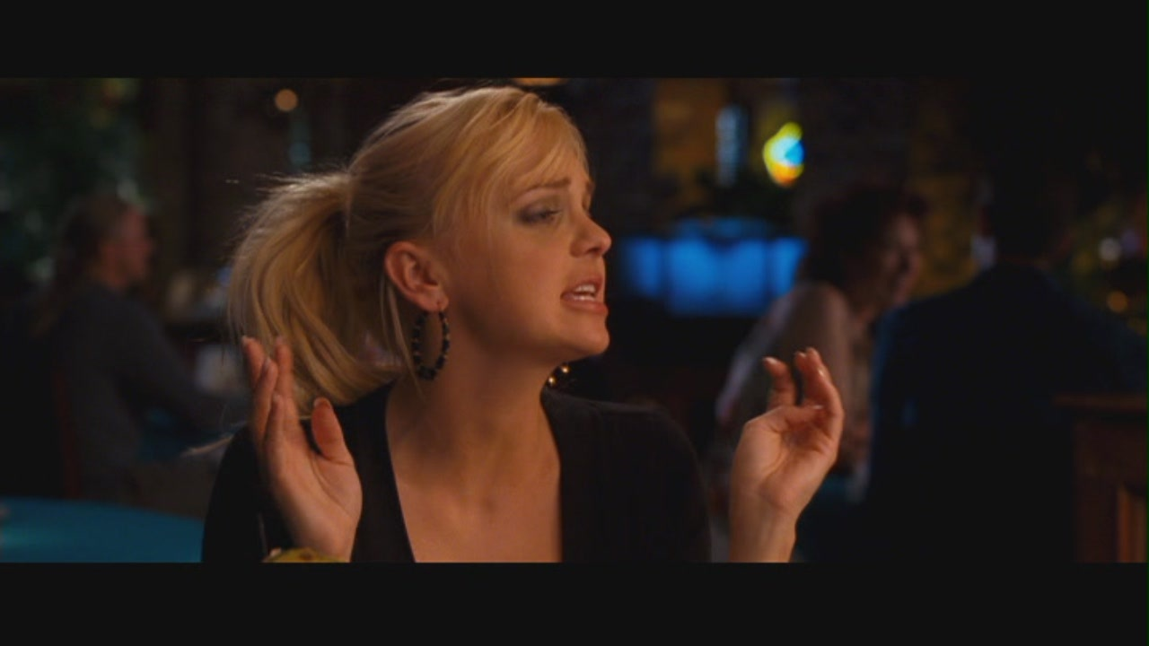 Anna faris observe and report 01 8
