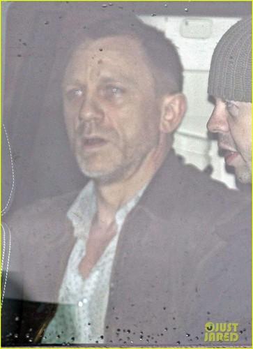 Daniel Craig: 'Skyfall' Scenes in London!