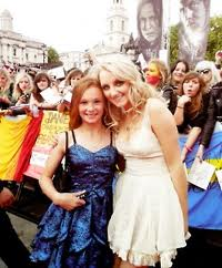 Evanna Lynch and Ellie