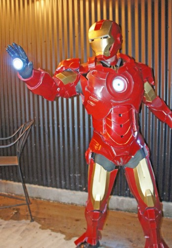 Iron Man full pose