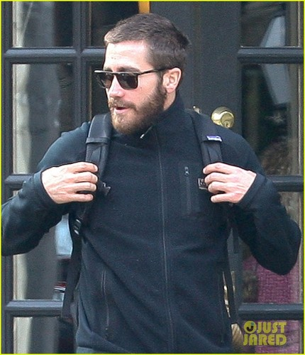 Jake Gyllenhaal: Breakfast in the Village