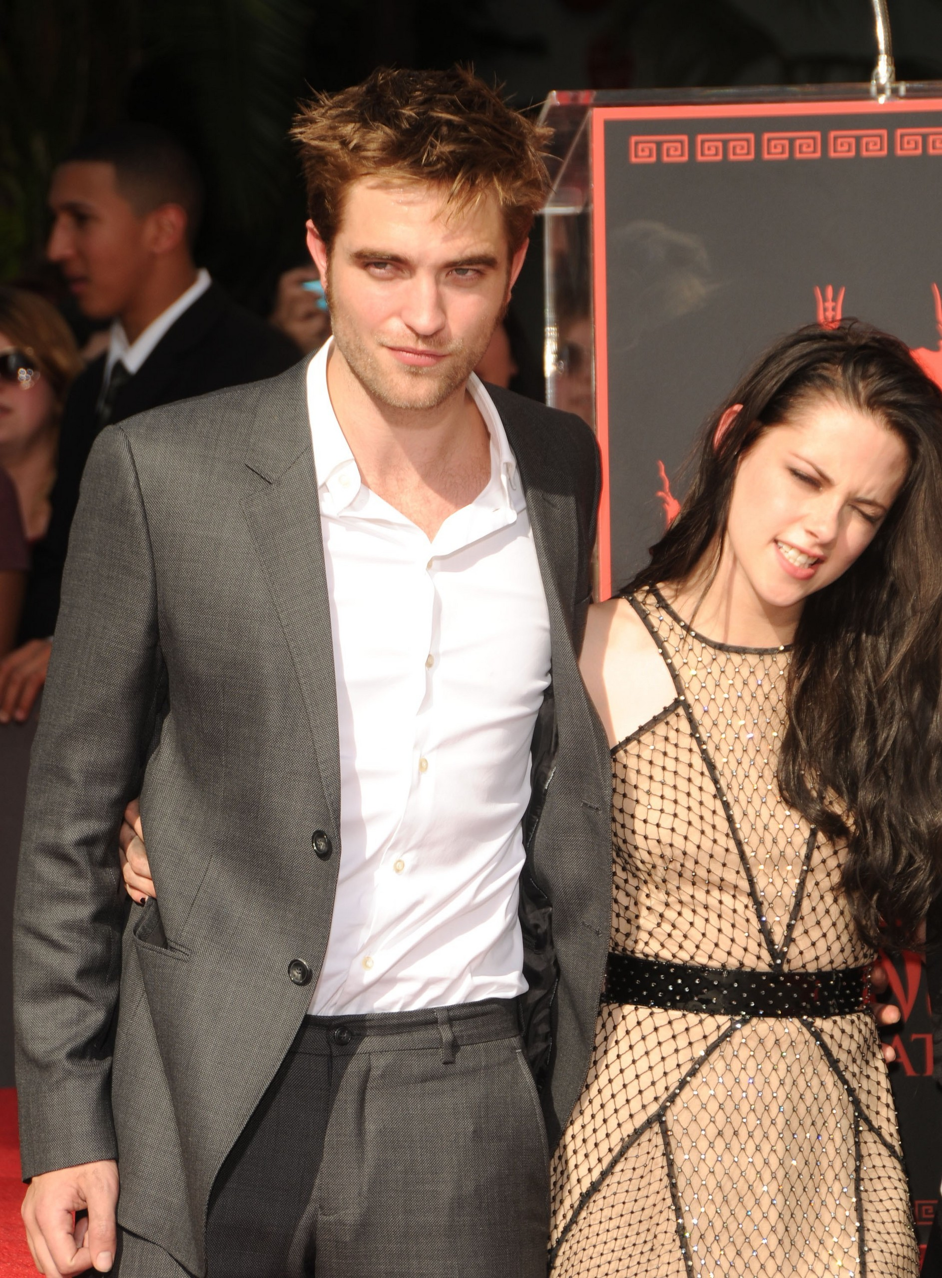 Kristen & Rob's Hollywood Handprints Ceremony [HQ]