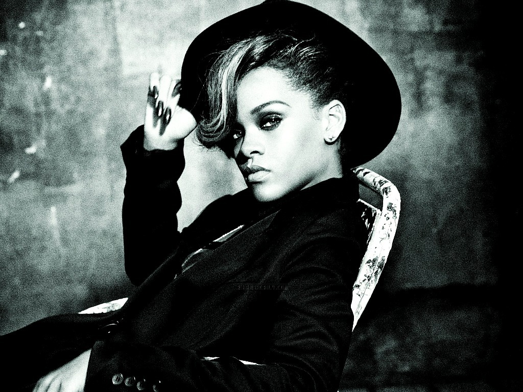 Lovely Rihanna Wallpaper - Rihanna Wallpaper (26513678 ...