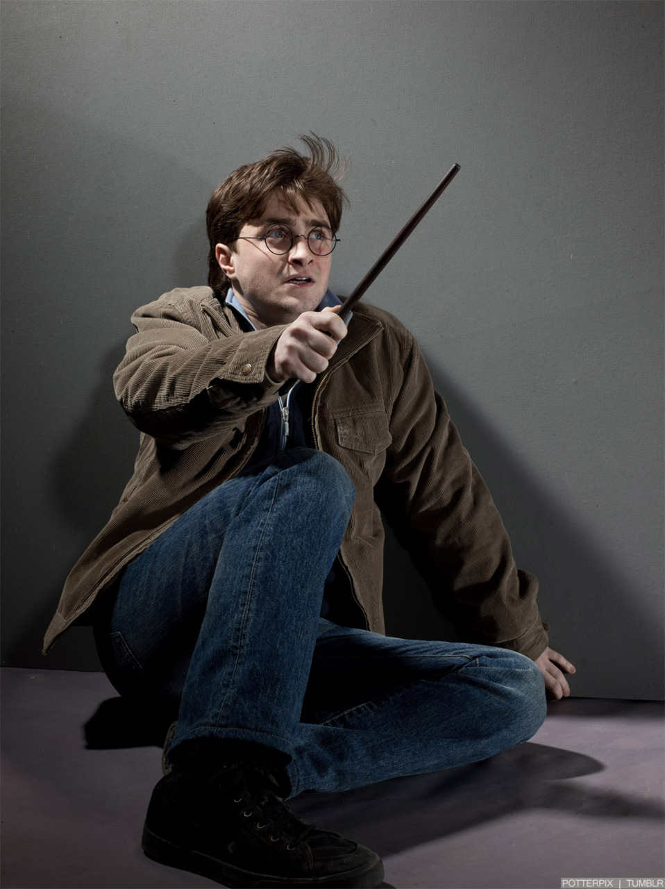 harry potter deathly hallows essay questions Harry potter and the deathly hallows is a fantasy novel written by british author j k rowling and the seventh and final novel of the harry potter series the book was released on 21 july 2007, ending the series that began in 1997 with the publication of harry potter and the philosopher's stone.