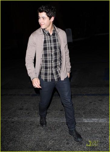 Nick Jonas: Fogo de Chao Fan!