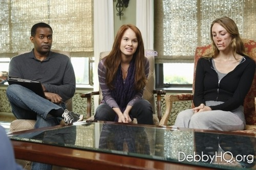 Debby Ryan wallpaper with a drawing room, a living room, and a morning room entitled Private Practice [2011] > Stills