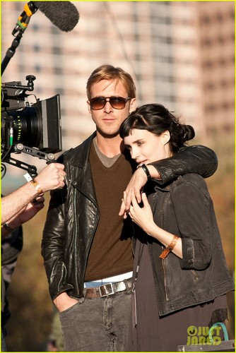 Ryan anak angsa, gosling & Rooney Mara: 'Lawless' Set Pics!