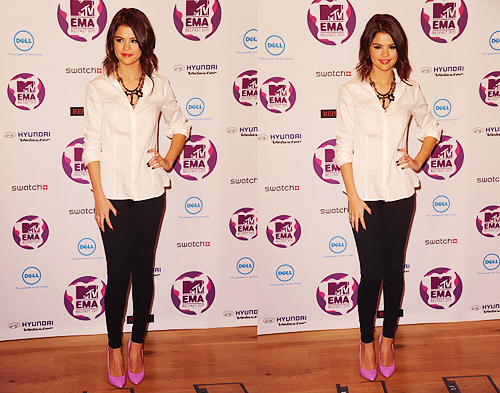 Selena Gomez - MTV Europe Music Awards 2011 - Press Conference