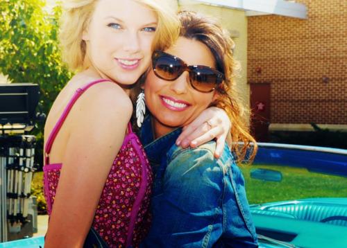 Taylor veloce, swift and Shania Twain