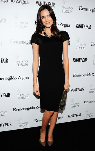 Odette Yustman wallpaper containing a cocktail dress and a portrait titled Vanity Fair LA Event
