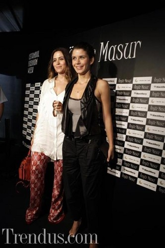 beren saat in fashion دکھائیں