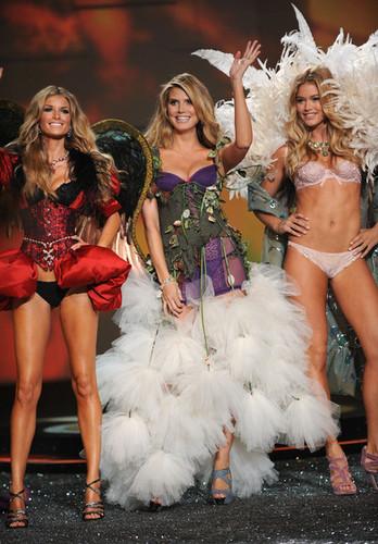 2009 Victoria's Secret Fashion mostrar