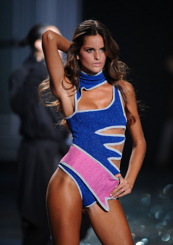 2009 Victoria's Secret Fashion دکھائیں