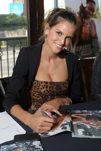 2011 SI Swimsuit Models At The Monte Carlo