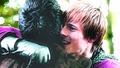 Arthur & Merlin: 4.06 HUG!