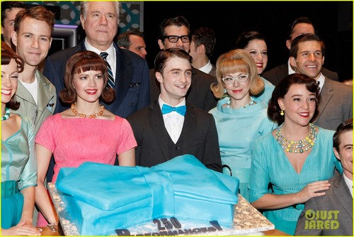 Daniel Radcliffe: 'How to Succeed' Celebrates 250 Performances!