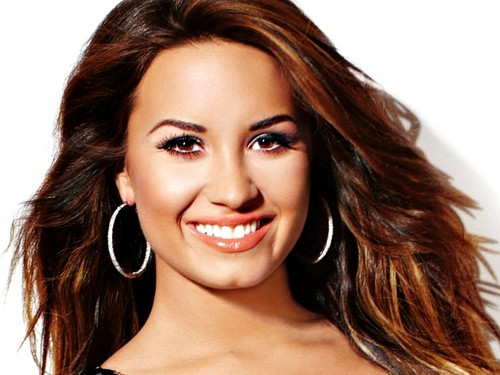 Demi Lovato wallpaper containing a portrait and attractiveness called Demi Wallpaper ❤