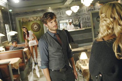 Emma & Graham 1x07 Still