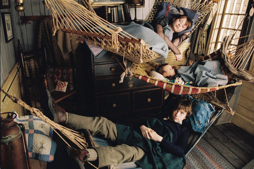 A Series of Unfortunate Events Обои entitled Hammocks