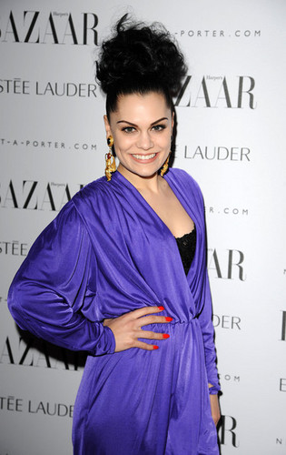 Harper's Bazaar Women Of the jaar Awards 2011